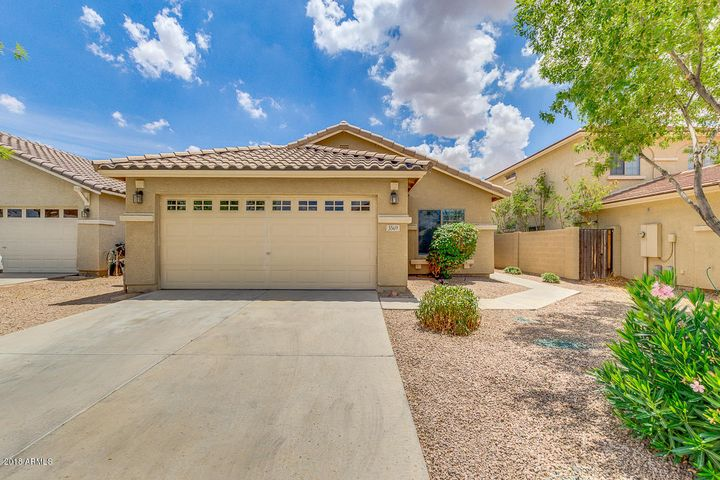 3569 E AUSTIN Lane, San Tan Valley, AZ 85140