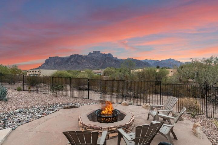 271 N MULESHOE Road, Apache Junction, AZ 85119