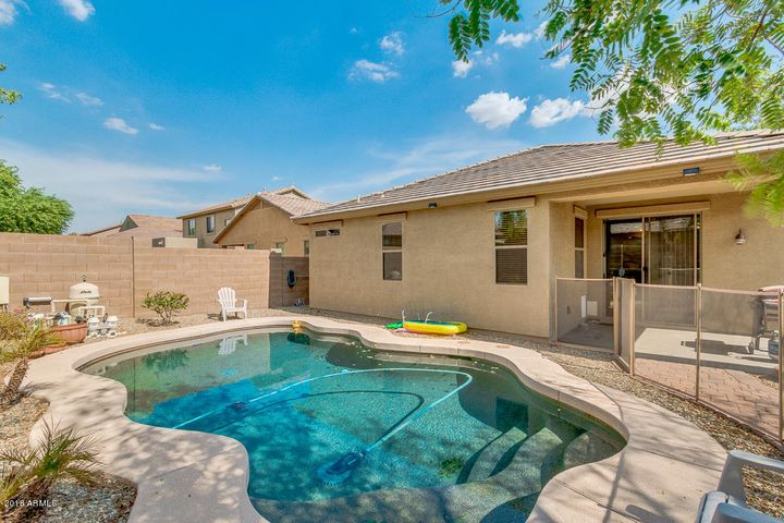 18052 W MISSION Lane, Waddell, AZ 85355