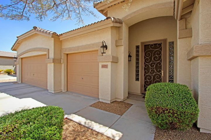 6021 W RUNNING DEER Trail, Phoenix, AZ 85083