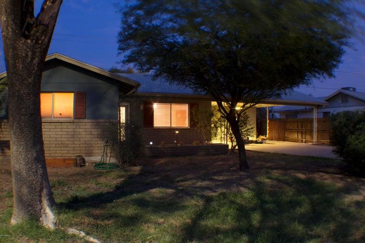 849 S Lazona Drive, Mesa, AZ 85204