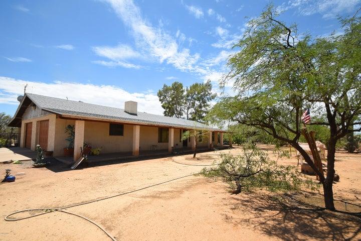 829 E CARLISE Road, Phoenix, AZ 85086