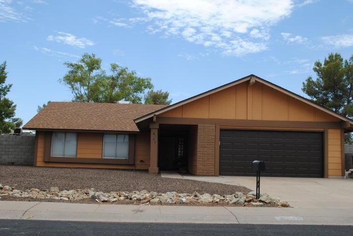 3921 W GLENAIRE Drive, Phoenix, AZ 85053