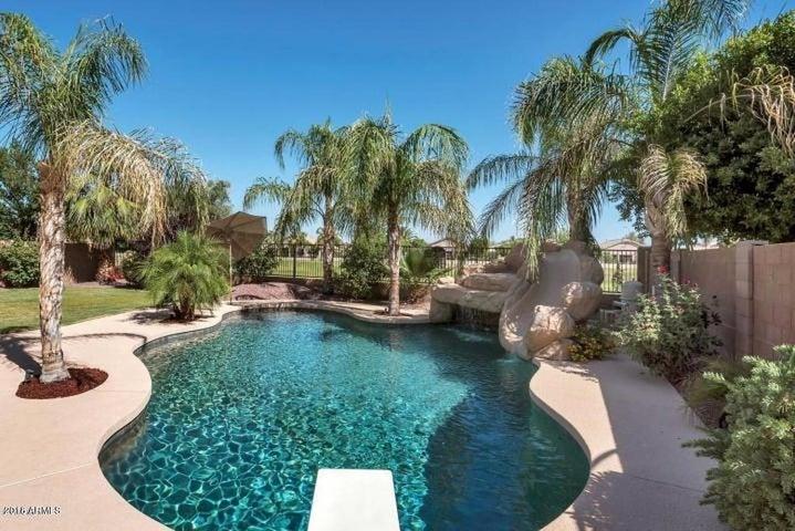 9460 E LOMPOC Avenue, Mesa, AZ 85209