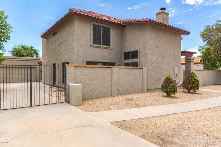 5317 W NORTH Lane, Glendale, AZ 85302