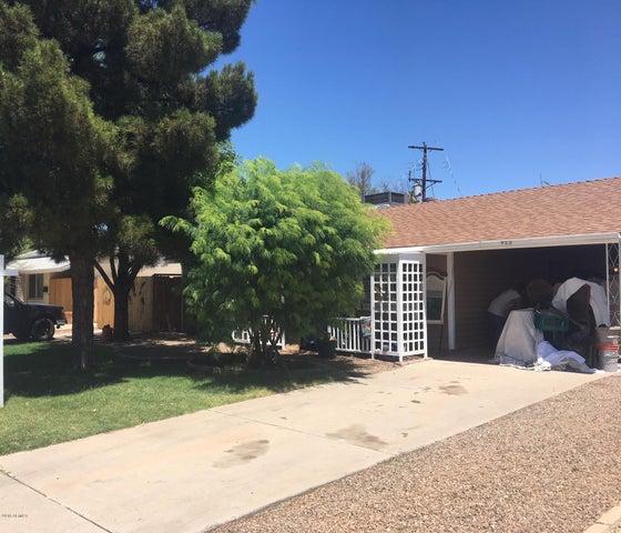 422 E Papago Drive, Tempe, AZ 85281