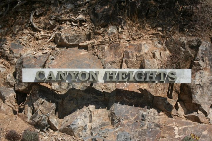 Entrance to gated Canyon Heights
