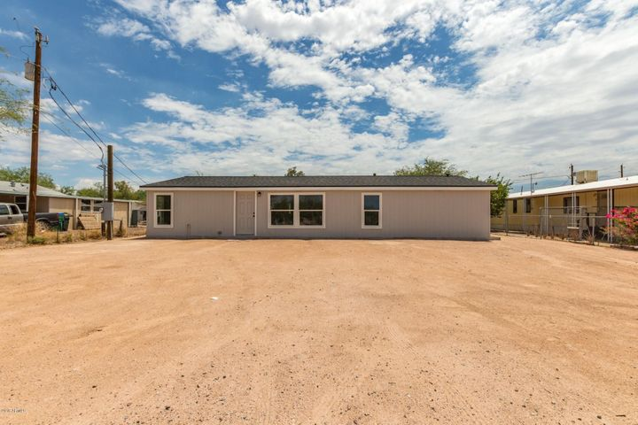 1463 N DESERT VIEW Drive, Apache Junction, AZ 85120