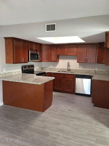 4754 W Palmaire Avenue, Glendale, AZ 85301