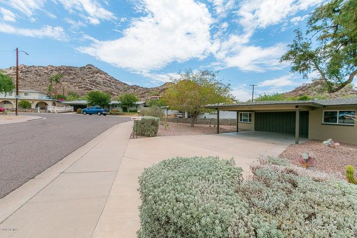 1319 E SELDON Lane, Phoenix, AZ 85020