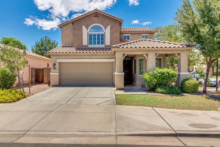 2038 S HERON Lane, Gilbert, AZ 85295
