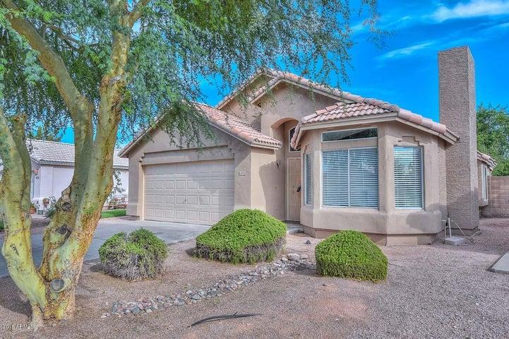 8450 W TROY Street, Peoria, AZ 85382