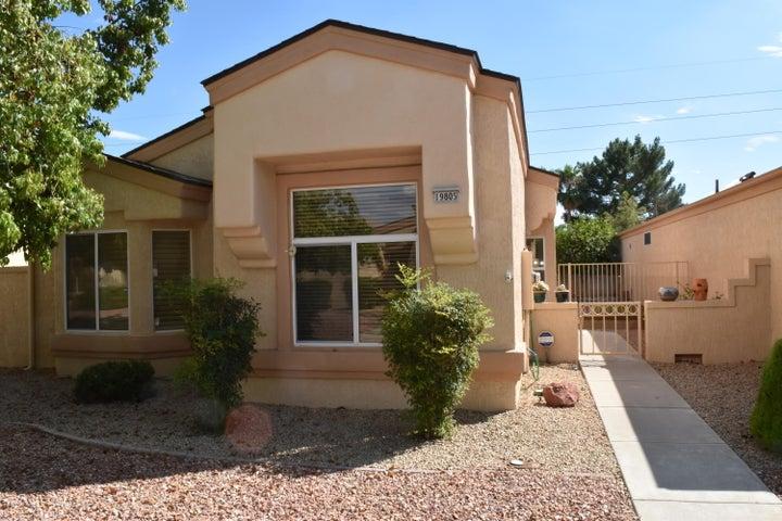 19805 N GREENVIEW Drive, Sun City West, AZ 85375