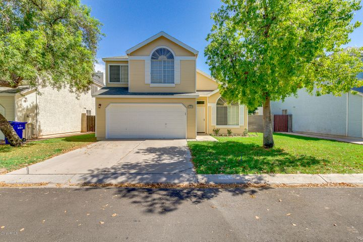 5009 W CHICAGO Circle N, Chandler, AZ 85226