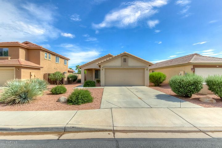 16551 W PARADISE Lane, Surprise, AZ 85388