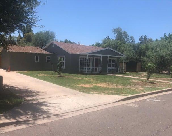 1401 E EARLL Drive, Phoenix, AZ 85014