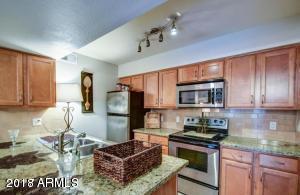 200 E SOUTHERN Avenue, 231, Tempe, AZ 85282
