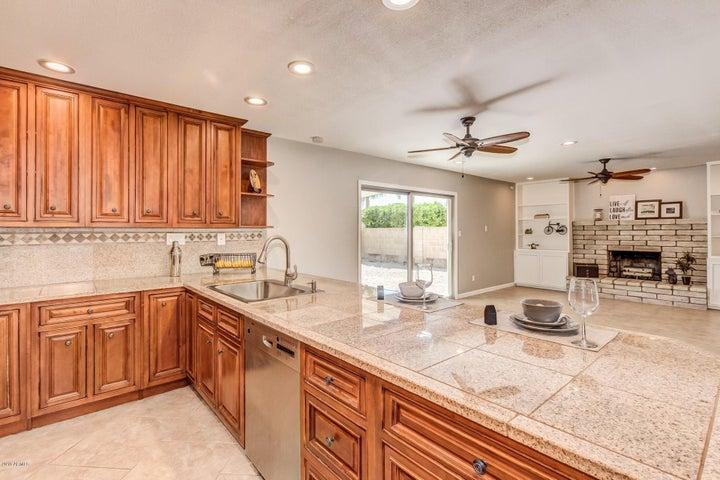 Beautiful Kitchen Overlooks Family Room