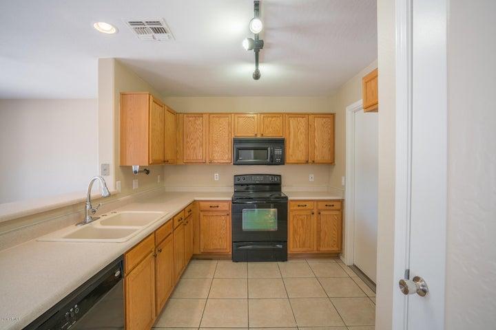 13102 N POPPY Street, El Mirage, AZ 85335