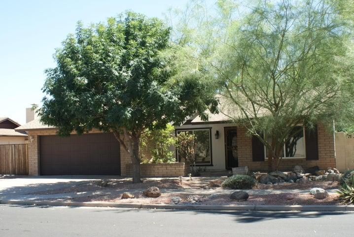 2551 W LAGUNA AZUL Avenue, Mesa, AZ 85202