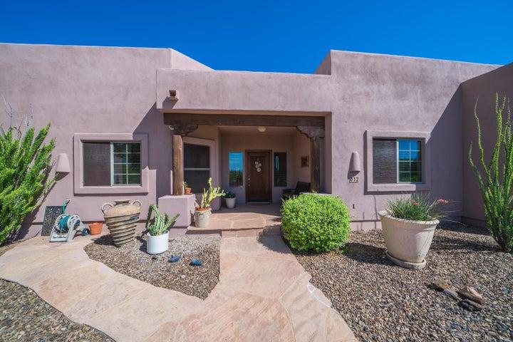 612 E TANYA Trail, Phoenix, AZ 85086