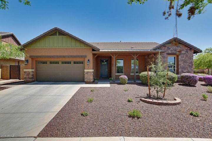 2941 N RILEY Court, Buckeye, AZ 85396
