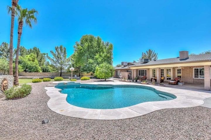 6604 W ASTER Drive, Glendale, AZ 85304