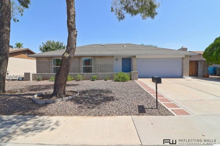 3514 E MEADOW Drive, Phoenix, AZ 85032