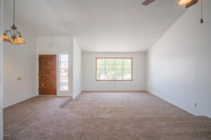 7724 W REDFIELD Road, Peoria, AZ 85381