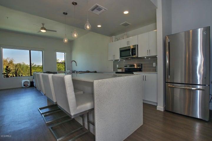 1130 N 2ND Street, 201, Phoenix, AZ 85004