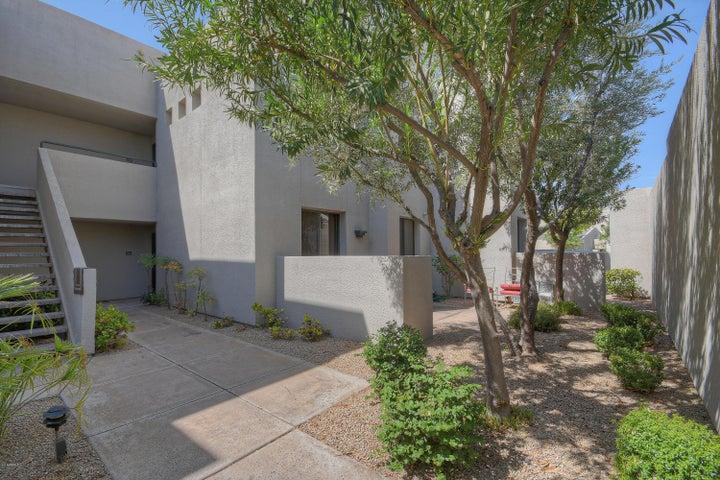 7700 E GAINEY RANCH Road, 102, Scottsdale, AZ 85258