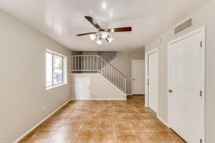 1704 S 39TH Street, 30, Mesa, AZ 85206
