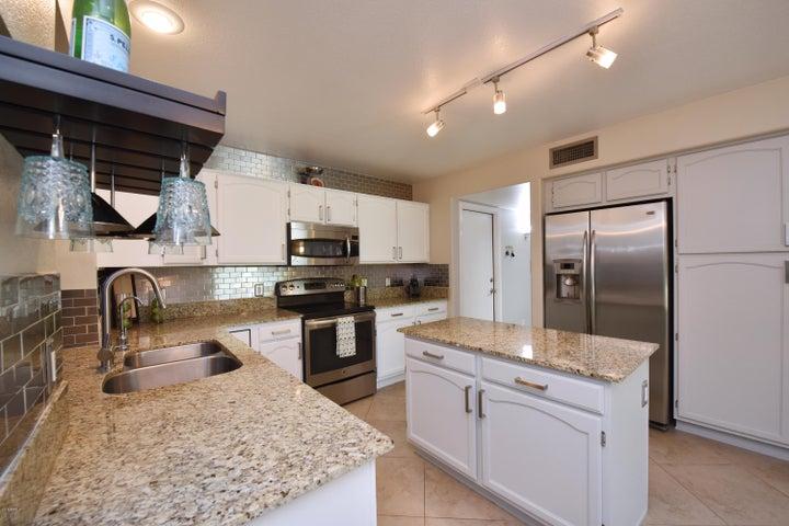 5937 E KELTON Lane, Scottsdale, AZ 85254