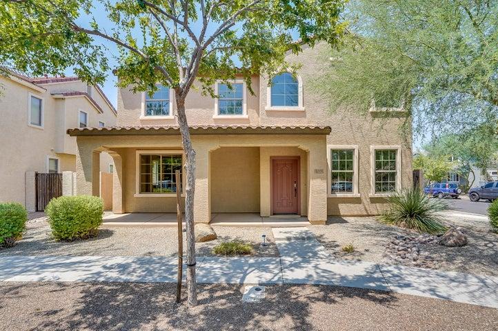 1722 S ROANOKE Street, Gilbert, AZ 85295