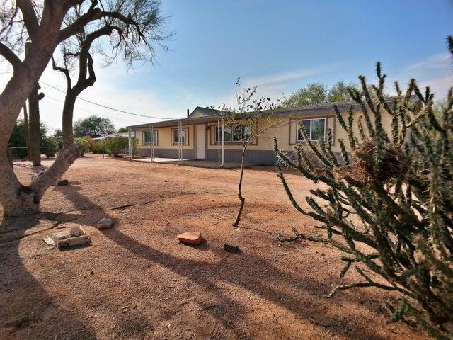 2038 W WINDSONG Street, Apache Junction, AZ 85120