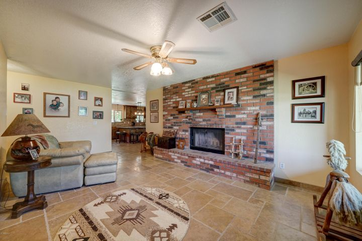 18701 E VIA DEL RANCHO Street, Queen Creek, AZ 85142