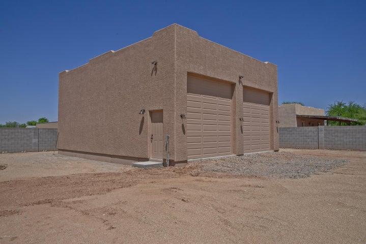 24512 W DESERT VISTA Trail, Wittmann, AZ 85361