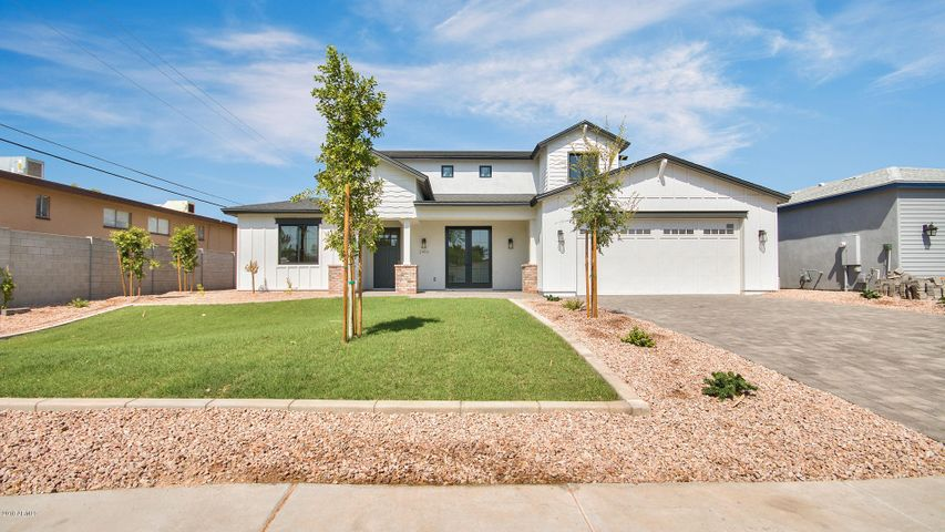 2950 N 50TH Place, Phoenix, AZ 85018