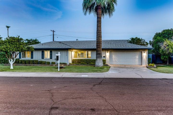 8229 E WINDSOR Avenue, Scottsdale, AZ 85257