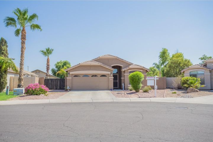 3813 E WYATT Way, Gilbert, AZ 85297