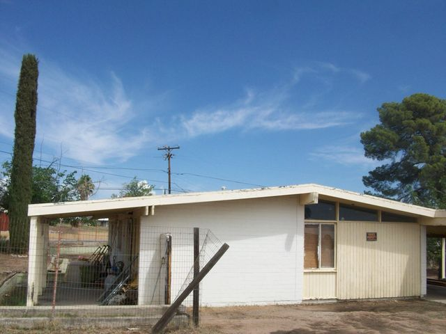 630 W 3RD Avenue, San Manuel, AZ 85631