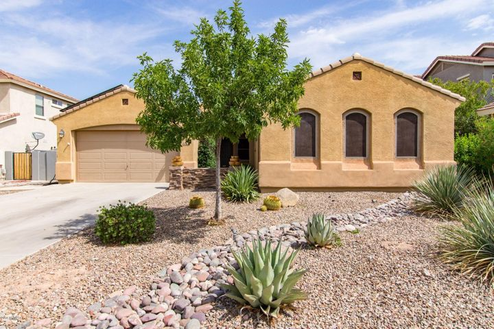 1868 E DUBOIS Avenue, Gilbert, AZ 85298