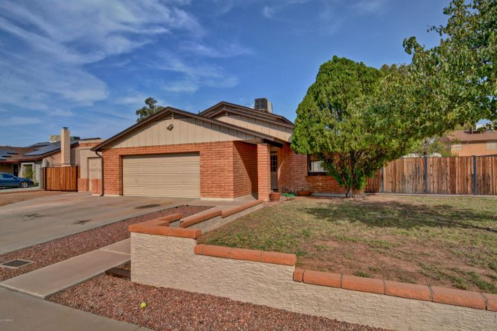 18634 N 48TH Avenue, Glendale, AZ 85308