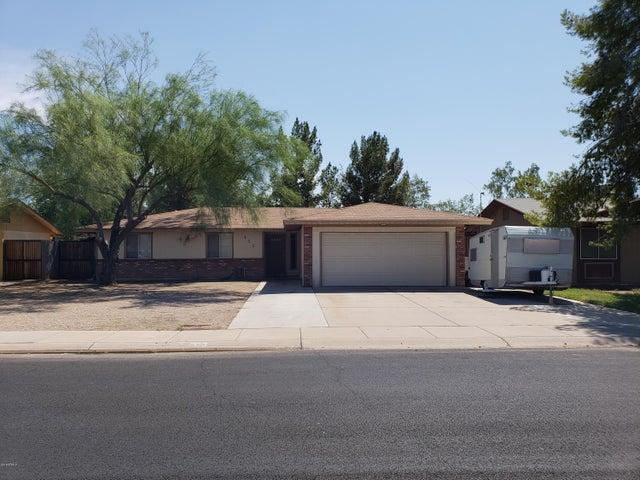 453 N LARKSPUR Street, Gilbert, AZ 85234