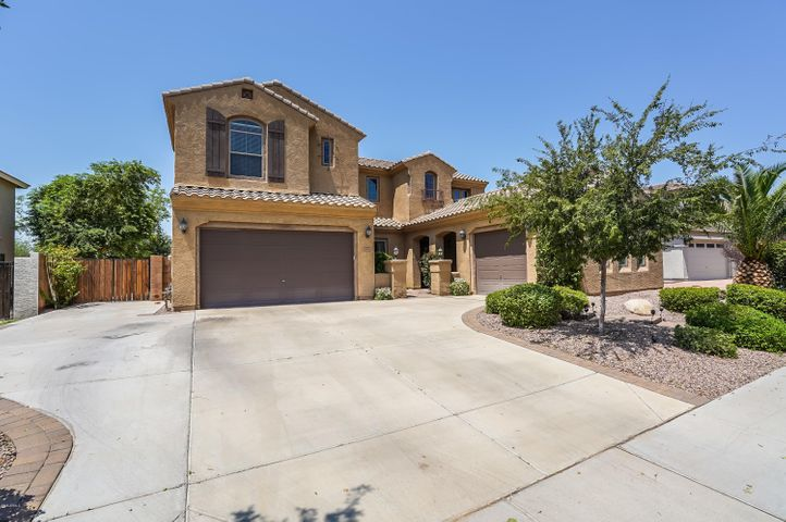 5902 S JOSLYN Lane, Gilbert, AZ 85298