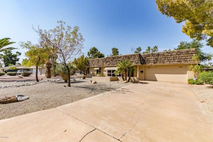 820 S REVOLTA Circle, Mesa, AZ 85208