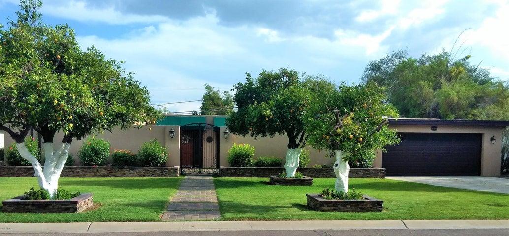 517 W Why Worry Lane, Phoenix, AZ 85021