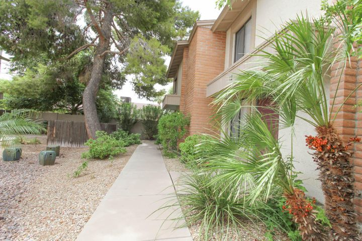 5106 N 17TH Avenue, 12, Phoenix, AZ 85015
