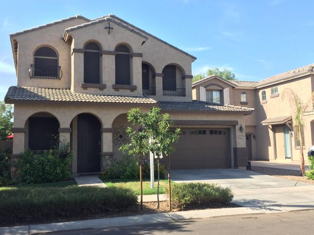 3697 E STAMPEDE Drive, Gilbert, AZ 85297