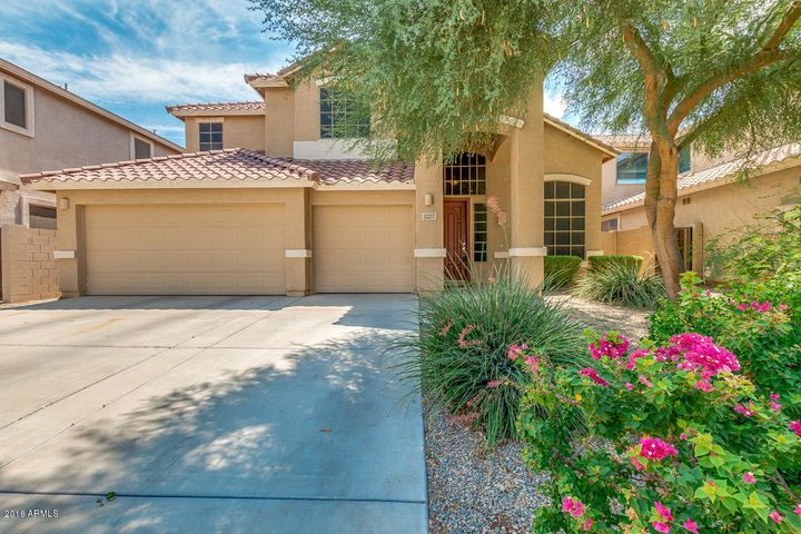 1227 W DEONI Trail, San Tan Valley, AZ 85143